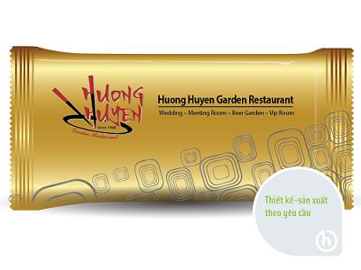Khăn lạnh Hương Huyền Garden Restaurant