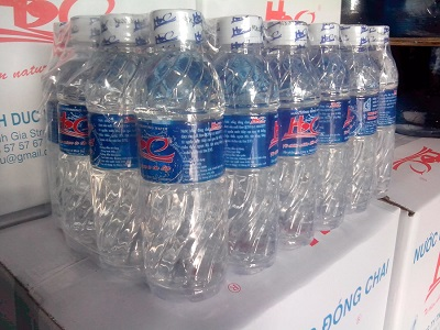 Nước uống đóng chai lốc 24 chai