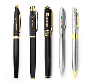 Bút bi kim loại