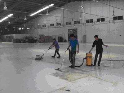 Dịch vụ chà sàn, đánh bóng sàn gạch, sàn gỗ