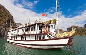 Tour Du Thuyền Hạ Long Golden Star 2 Ngày 1 Đêm