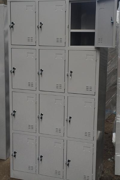 Tủ Sắt Locker 12 Ngăn Đựng Giày Dép Công Nhân