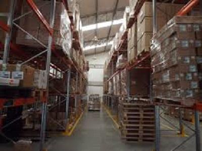 Kho hàng và bãi container
