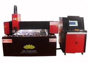 Máy cắt kim loại laser TC-2513-T5