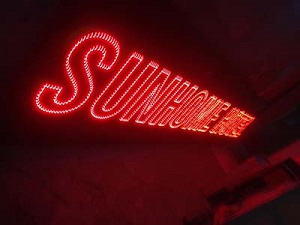 Biển quảng cáo đèn LED