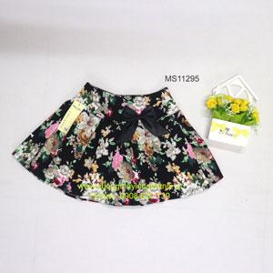 Váy bé gái in bông hoa