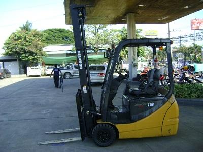 Xe nâng Komatsu FB18 12