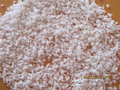 Cơm dừa sấy khô loại MEDIUM