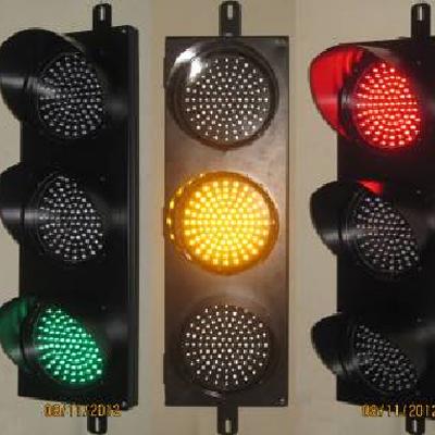 Đèn tín hiệu giao thông 3 màu D200
